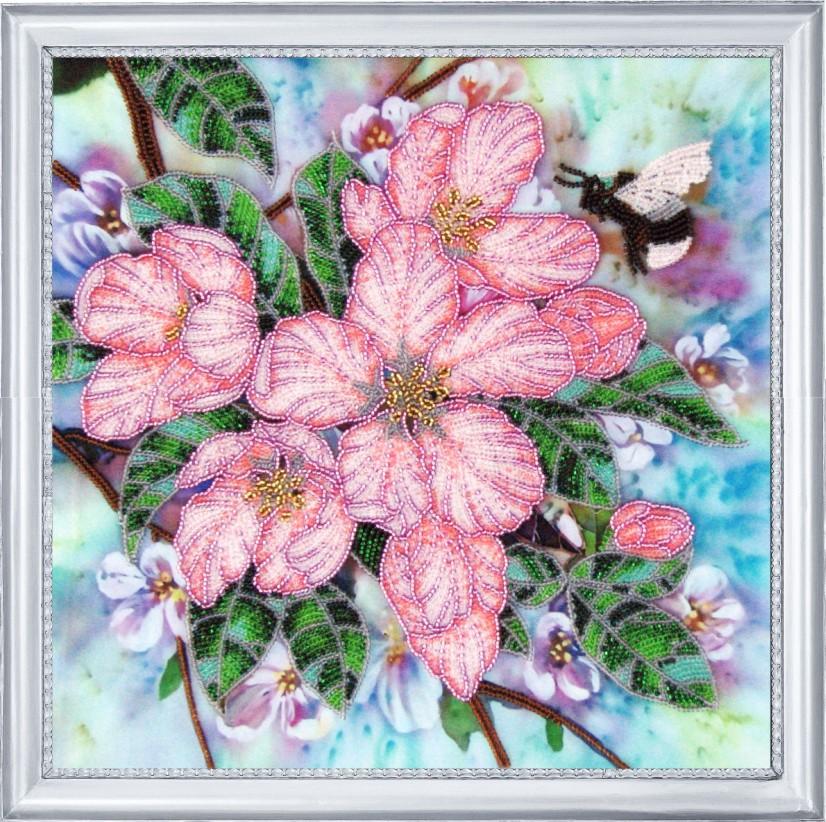 Фото вышивки с цветами 712