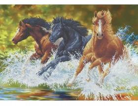 Схема вишивкі бісером на габардині Бегущие лошади Акорнс А2-К-658 - 144.00грн.