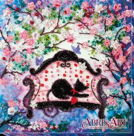 Набор-миди для вышивки бисером на натуральном художественном холсте Весенняя гостья