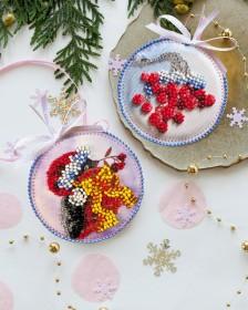 Набор для вышивки новогоднего украшения Красавчик