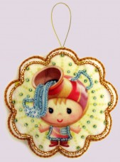 Набор для изготовления игрушки из фетра для вышивки бисером Водолей