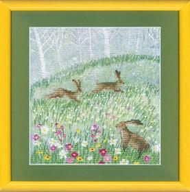 Набор для вышивки крестом Летние зайцы