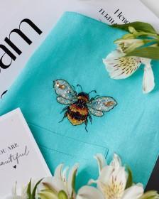 Набор для вышивки крестом на одежде Золотая пчелка - 1 Абрис Арт АНО-014 - 156.00грн.