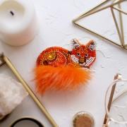 Набор для вышивки украшения Рыжехвостая