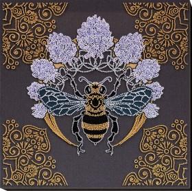 Набор для вышивки бисером Пчела в клевере