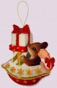 Набор для изготовления игрушки из фетра для вышивки бисером Мышонок в кораблике