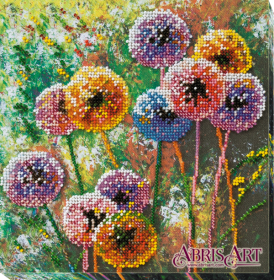 Набор-миди для вышивки бисером на натуральном художественном холсте Разноцветные шары Абрис Арт АМВ-017 - 201.00грн.
