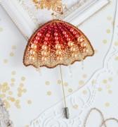 Брошь из бисера Солнечный зонт