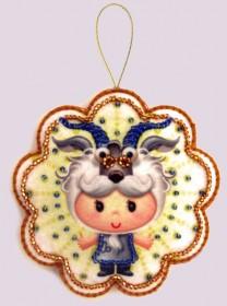 Набор для изготовления игрушки из фетра для вышивки бисером Козерог