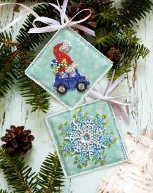 Набор для вышивки новогоднего украшения Мчатся подарки