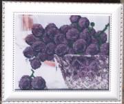 Рисунок на габардине для вышивки бисером В хрустале. Виноград
