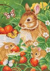Рисунок на ткани для вышивки бисером Любители земляники Марiчка (Маричка) РКП-244